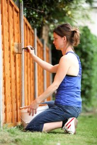 Why You Should Stain Your Fence This Fall