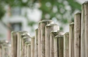 Benefits of a Commercial Wood Fence